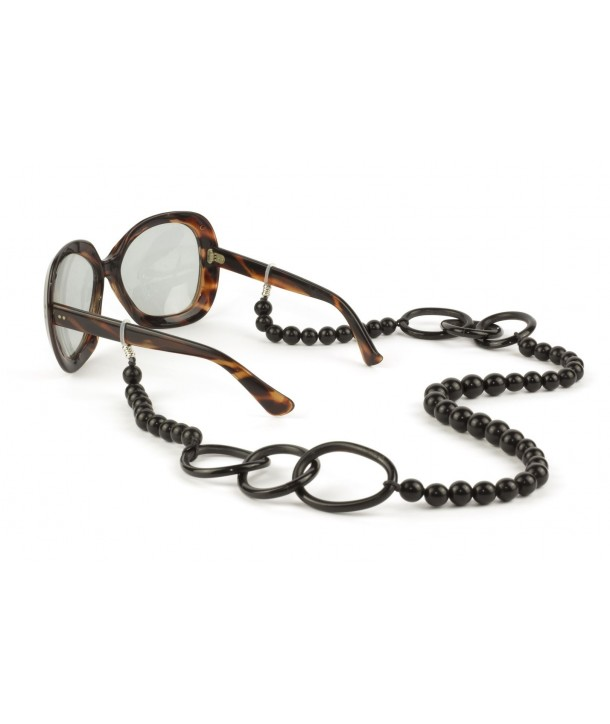 Pearls and big rings eyeglasses chain in plain black horn