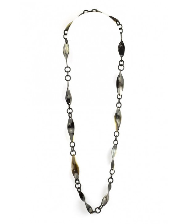 Thin twisted pieces long necklace in marbled black horn