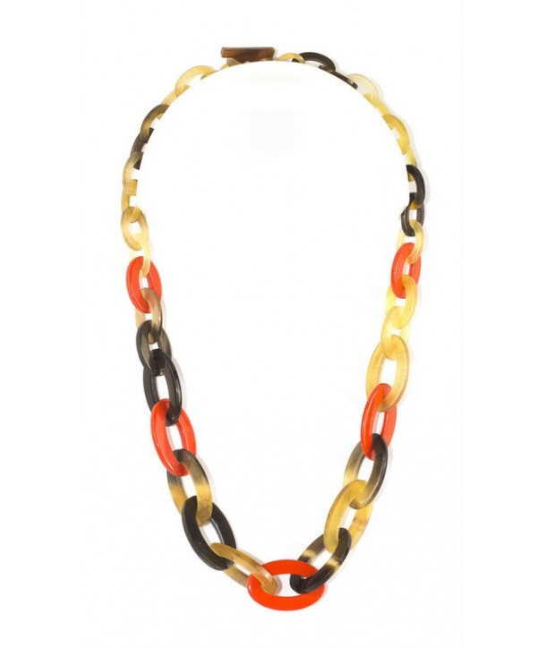 Flat and thin oval rings necklace in hoof and orange lacquer