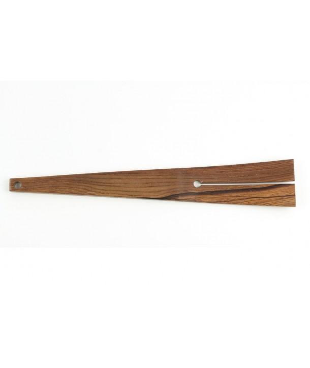 Pelle de cuisson fente centrale en bois