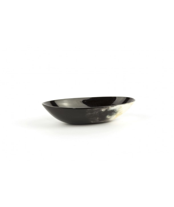 Oval cup in marbled black horn
