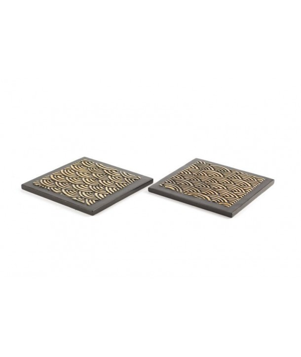 Set of 2 wave patterne square bottle coaster in stone with black background