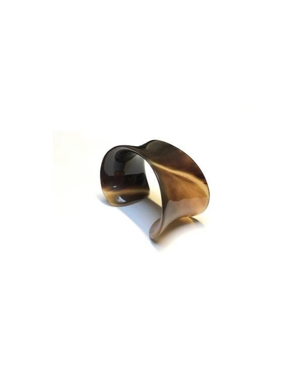 Curved open bracelet in buffalo hoof