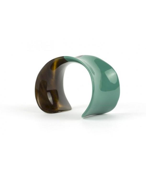 Bracelet ouvert incurvé et laqué vert émeraude