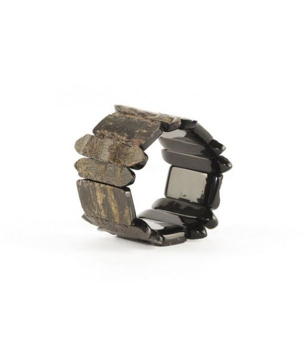 Articulated parts bracelet in plain black raw horn