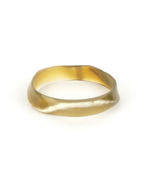 Irregular blond horn bracelet
