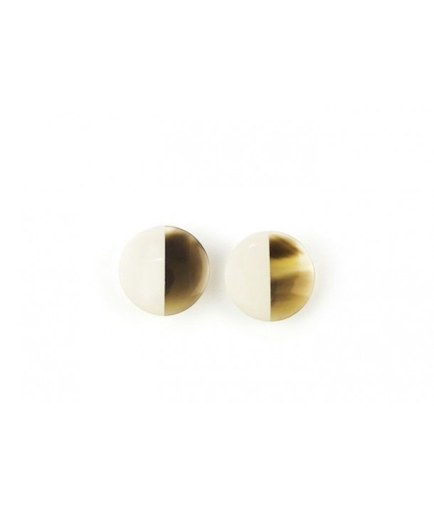 Disc earrings with ear-clip and ivory lacquer