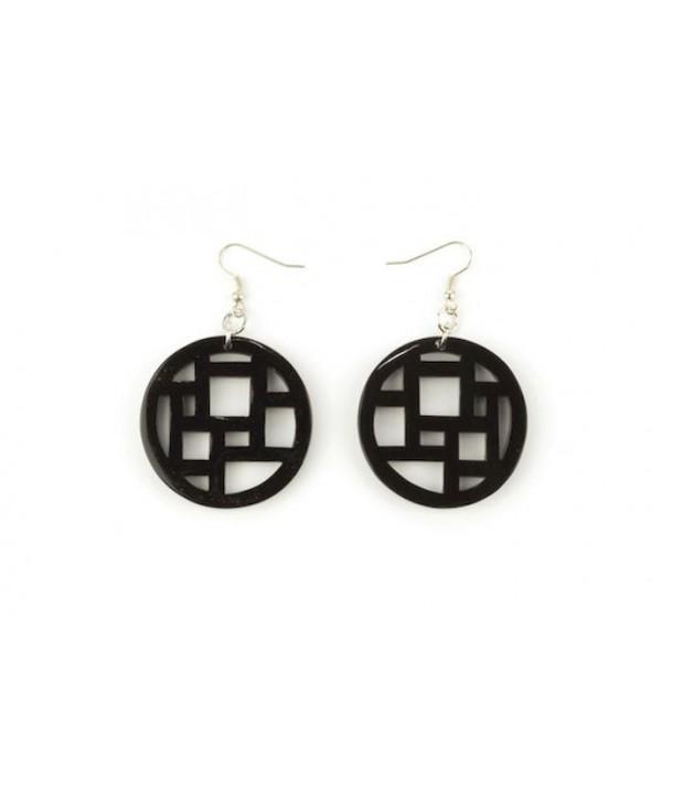 Checkered earrings in plain black horn