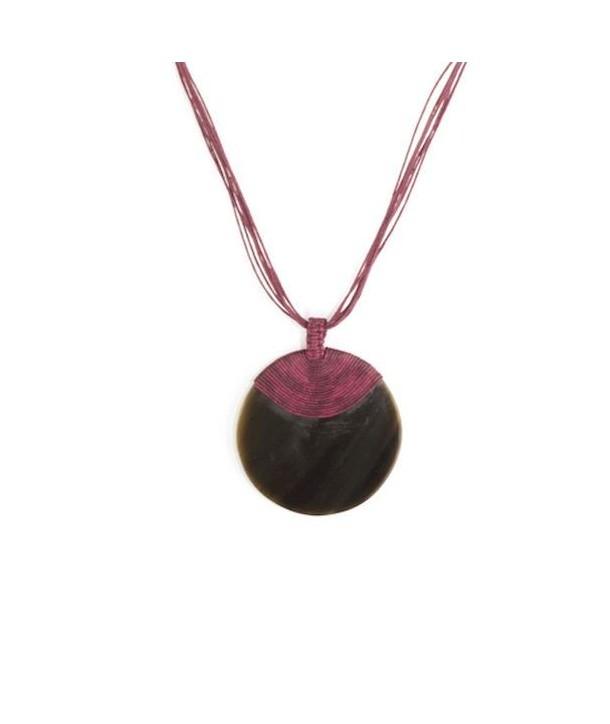 Médaillon disque en corne noire gainage coton fil bordeaux