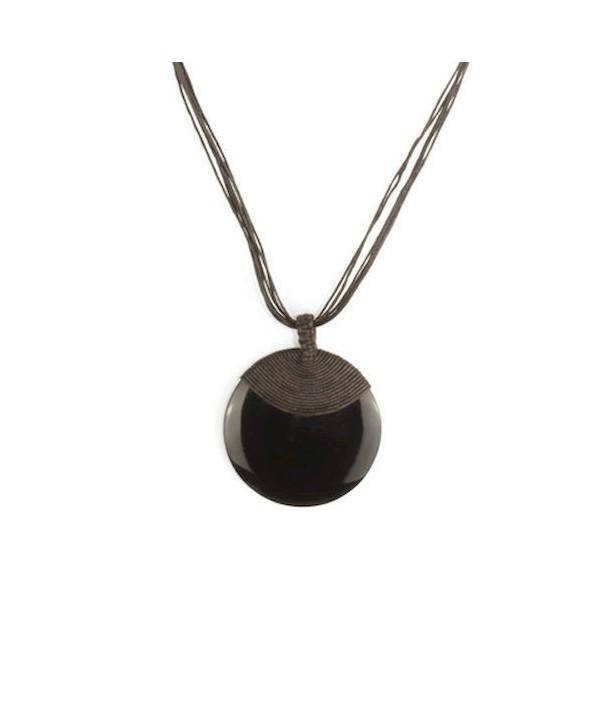 Médaillon disque en corne noire gainage coton fil brun