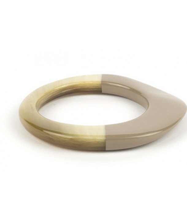 Broad cream coffee lacquered elliptical bracelet