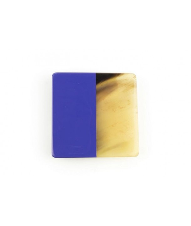 Lavender lacquered square brooch