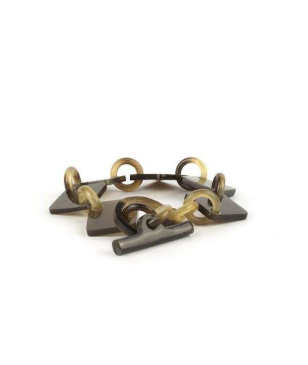 Bracelet mailles pastilles carrées et anneaux en sabot