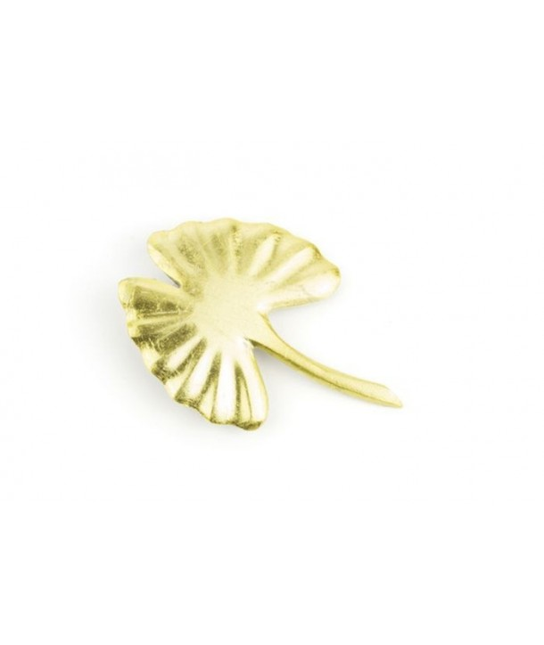 Gold lacquered gingko brooch