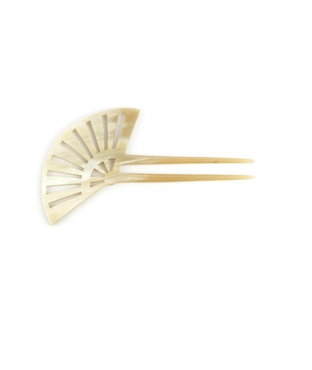 Offset Fan-shaped hairpin in blond horn
