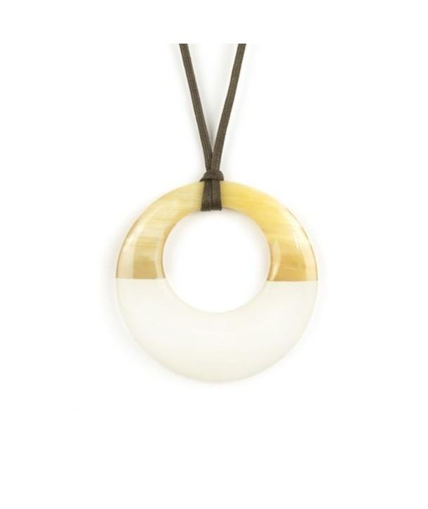 Pendentif petit anneau irrégulier laqué ivoire