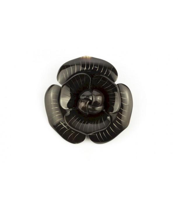 Broche camélia double rang en corne noire unie