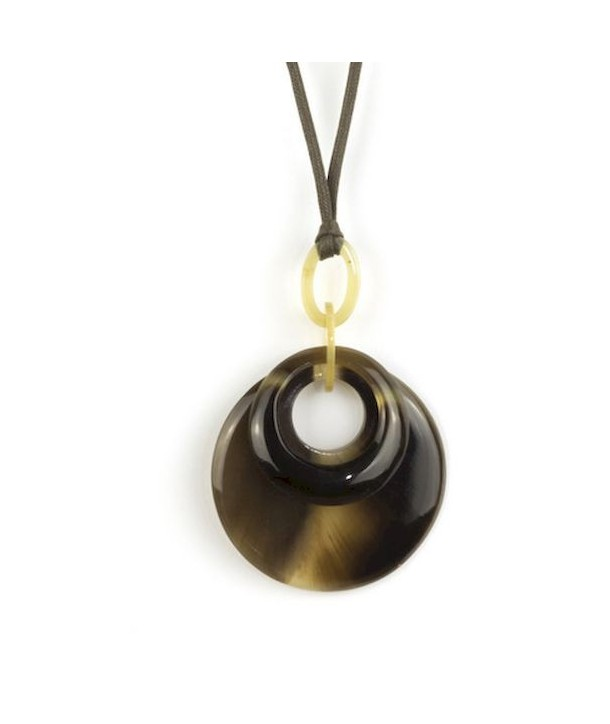 Double ring pendant in hoof
