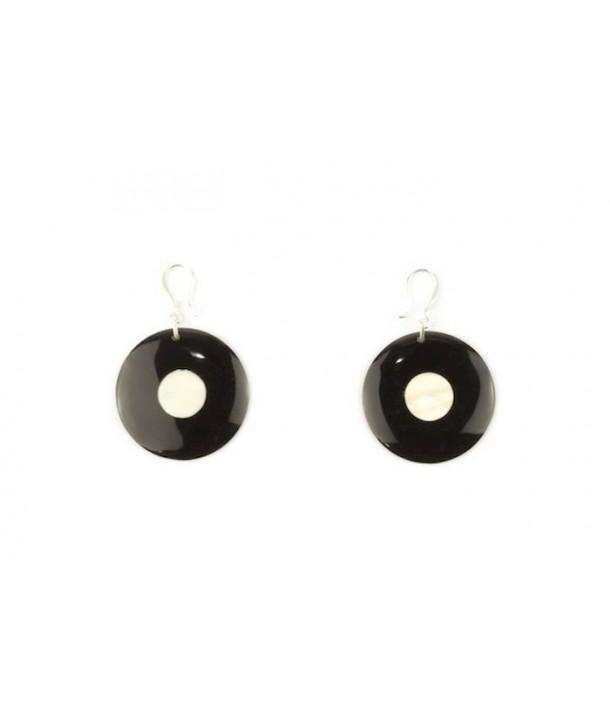 Boucles d'oreilles disque pois central en corne noire unie