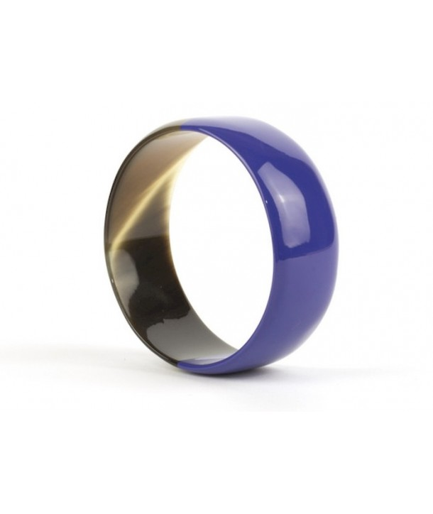 Indigo blue lacquered flat bracelet in horn