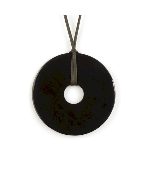 Large flat ring pendant in plain black horn