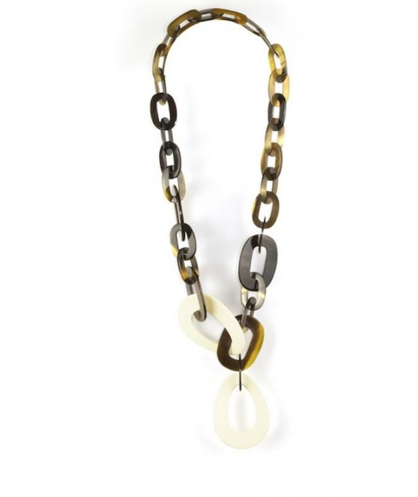 Big and small oval rings long necklace with ivory lacquer