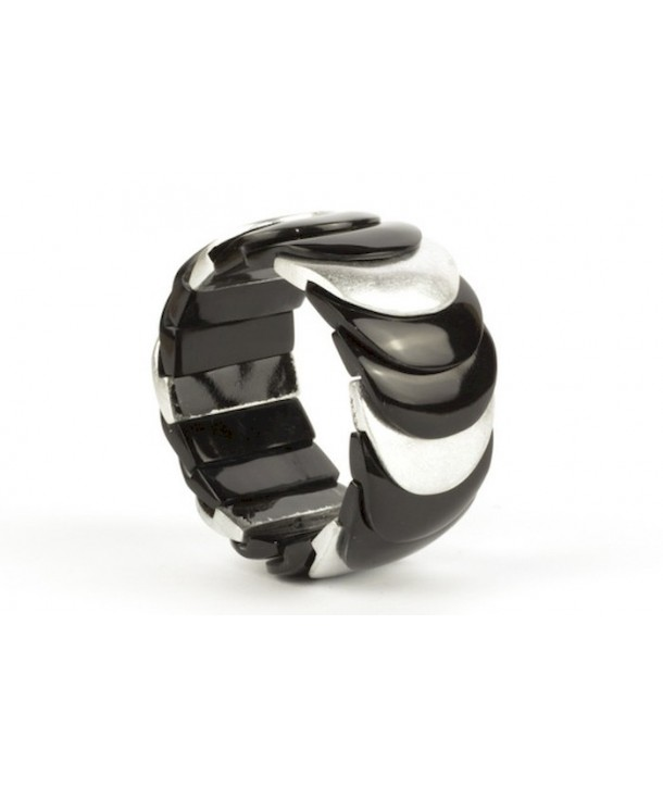 Silver lacquered scale bracelet