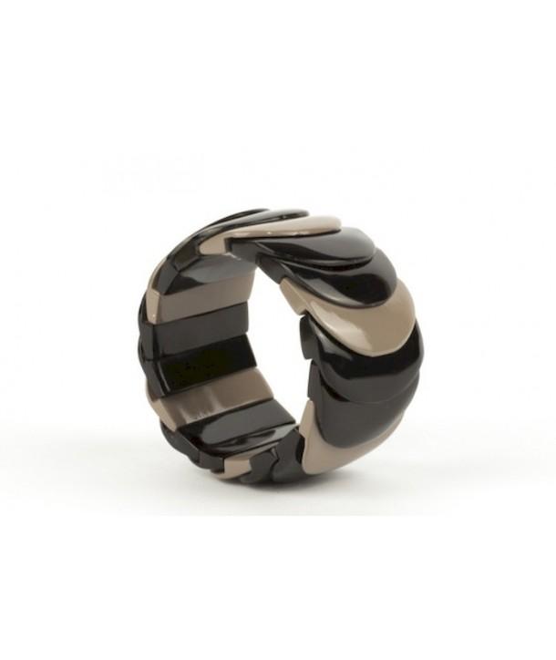 Cream coffee lacquered scale bracelet