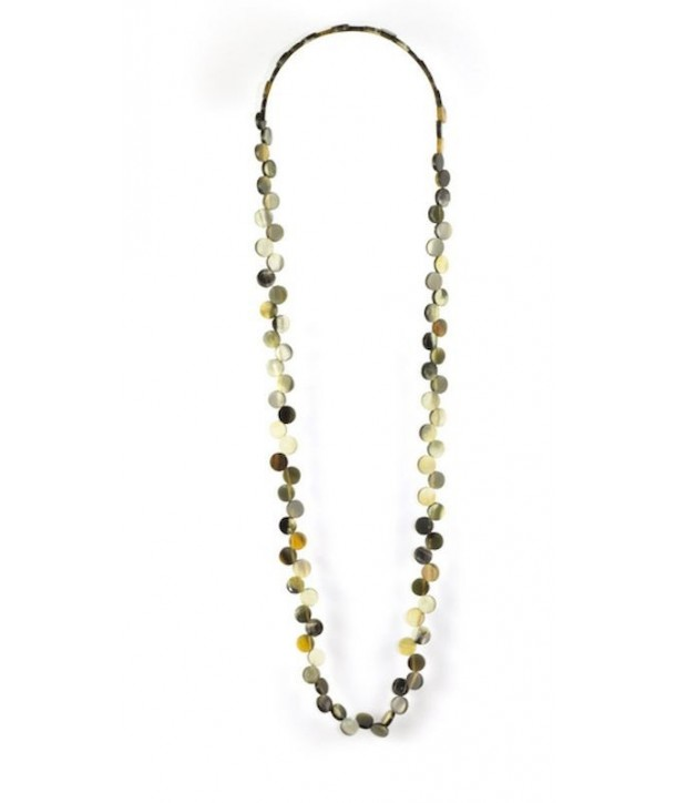Off-centered round pastilles long necklace in blond horn