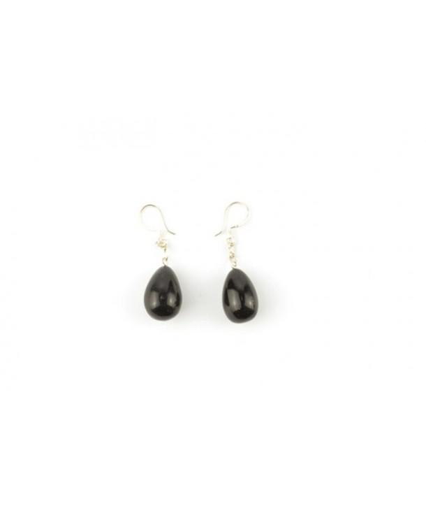 Pear-shaped earrings in plain black horn