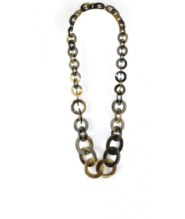 Small and big round rings long necklace in hoof