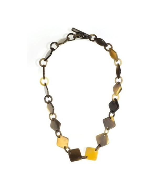 Square pastilles short necklace in hoof