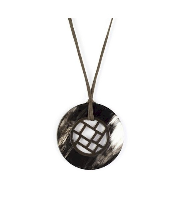 Checkered pendant circle with marbled black horn