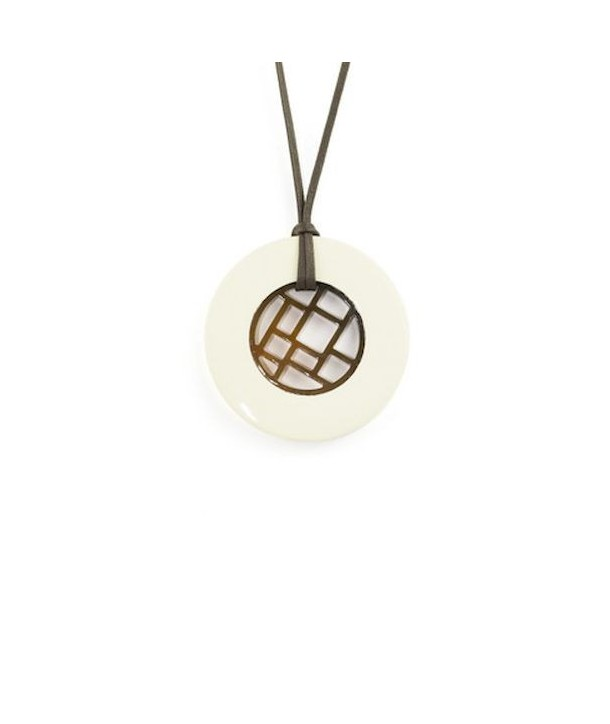 Checkered pendant circled with ivory lacquer