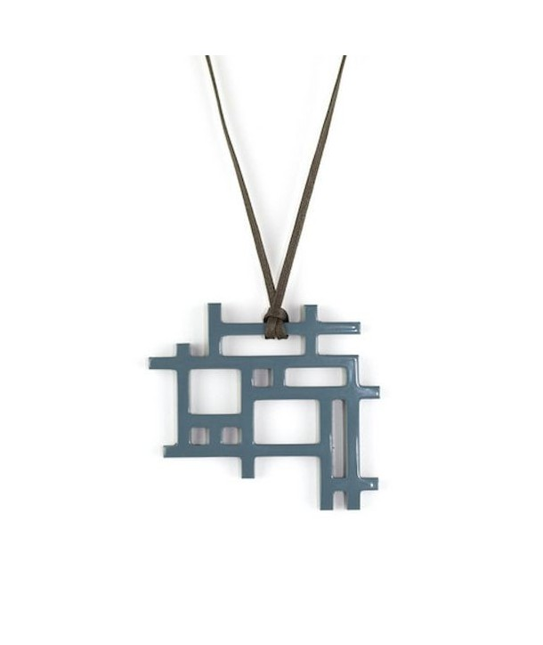 Checkered pendant with gray-blue lacquer