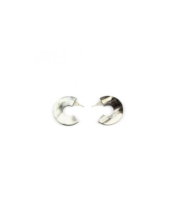 Open flat ring earrings in marbled black horn