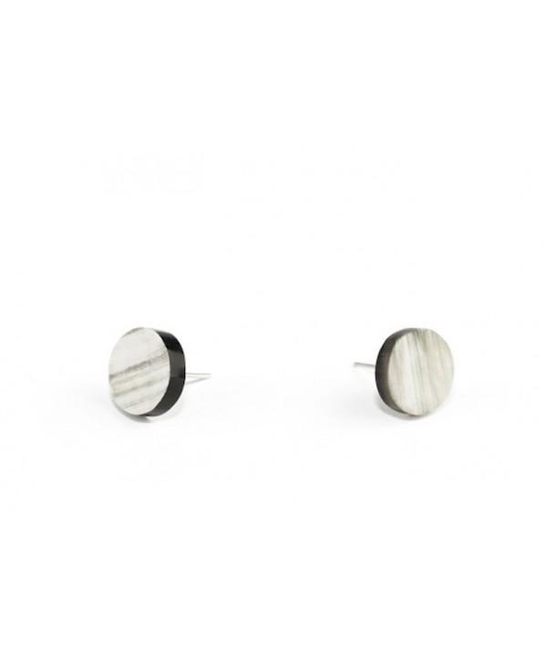 Pastille earrings in marbled black horn