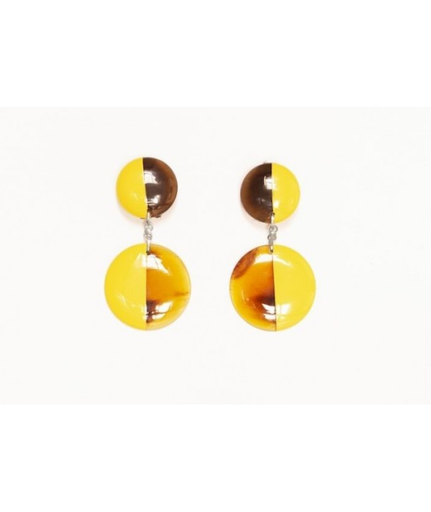 Full double disc earrings in hoof and yellow lacquer