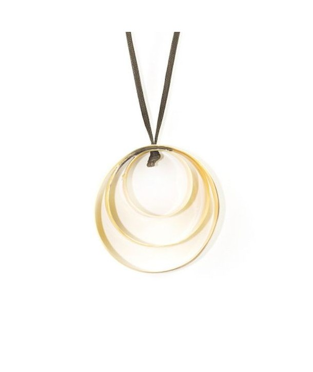 3 ribbon pendant in marbled blond horn