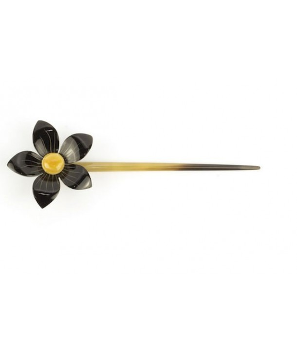 Flower hairpin in plain black horn