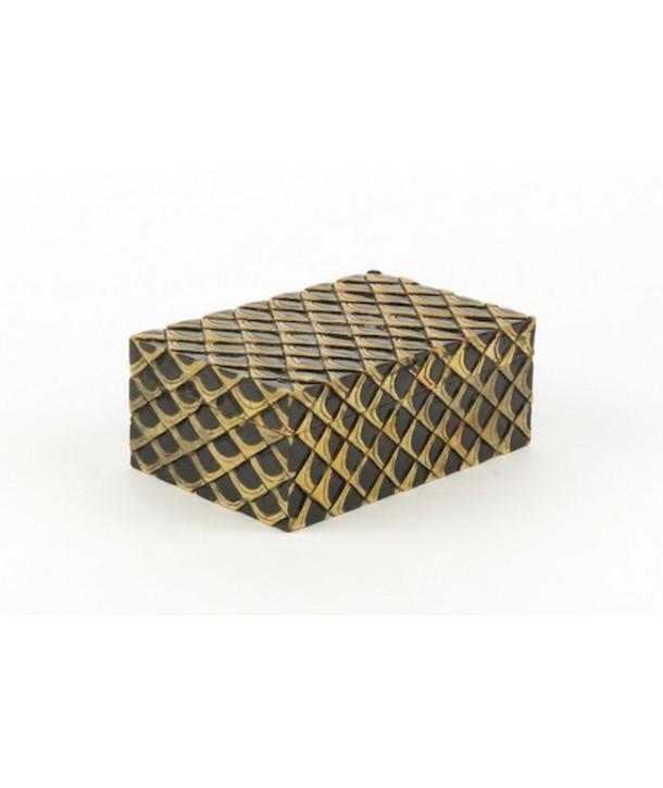 Boîte motif écailles en pierre fond noir
