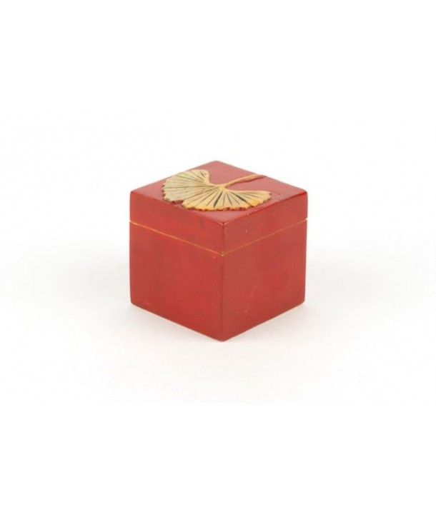 Gingko pattern small cubic box in stone with red background