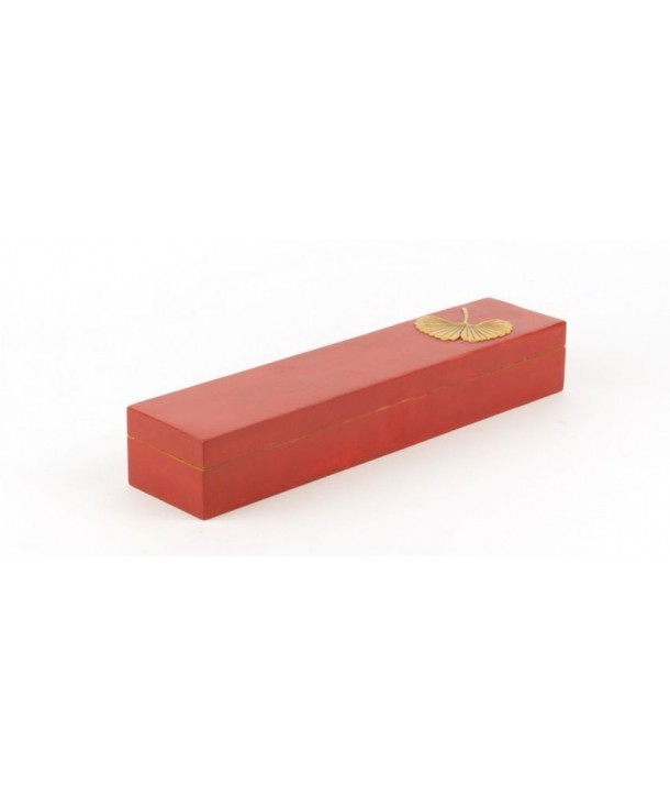 Boîte à baguettes gingko en pierre fond rouge