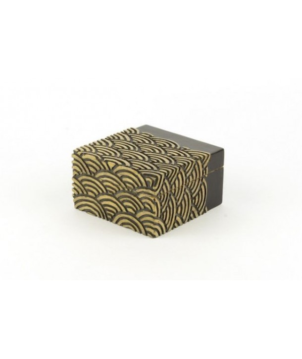 Wave pattern square box in stone with black background