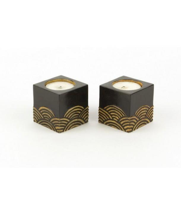 Set de 2 petits bougeoirs cube vagues en pierre fond noir