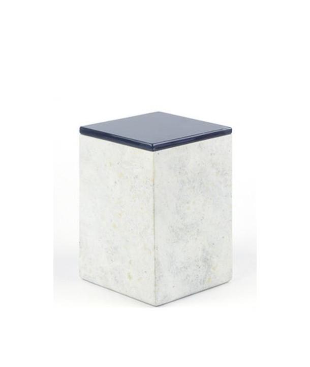Grande boîte carrée avec couvercle laqué