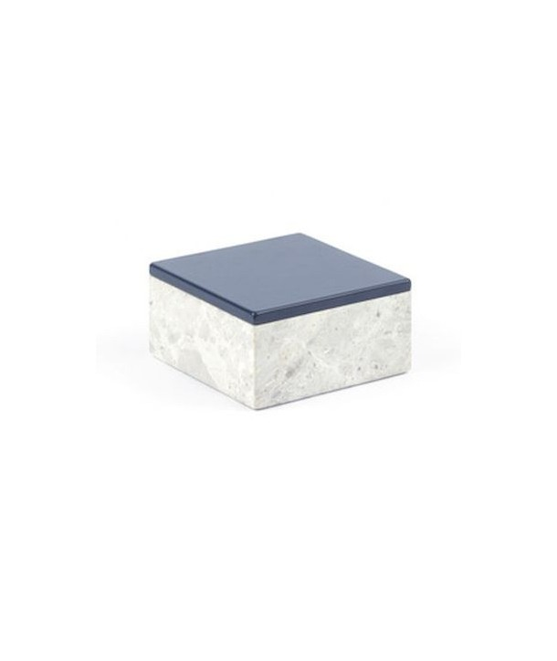 Medium size square box in stone with lacquered lid
