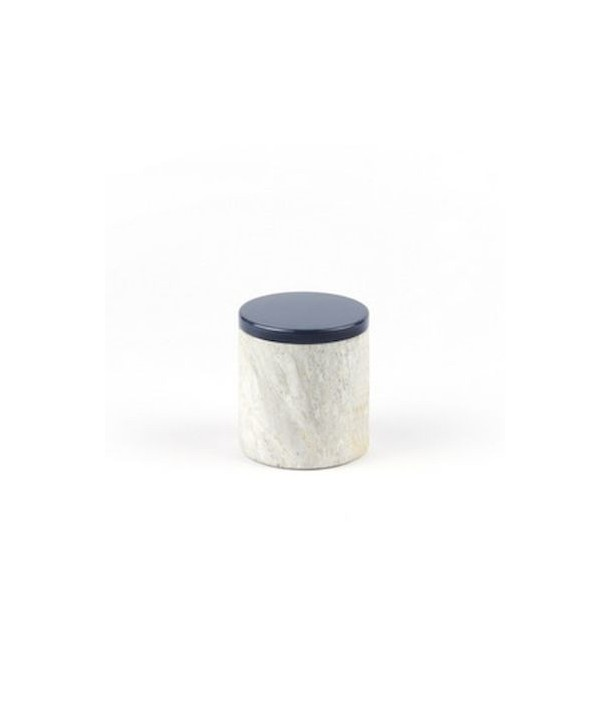 Small cylindrical box in stone with lacquered lid