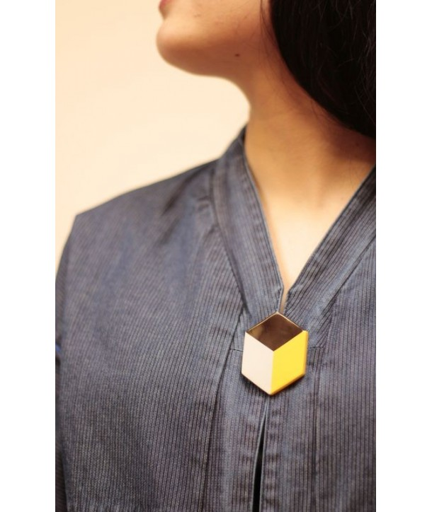 Yellow and gray lacquered brooch