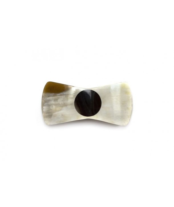 Blond horn knot-shaped hairclip with a black horn bead